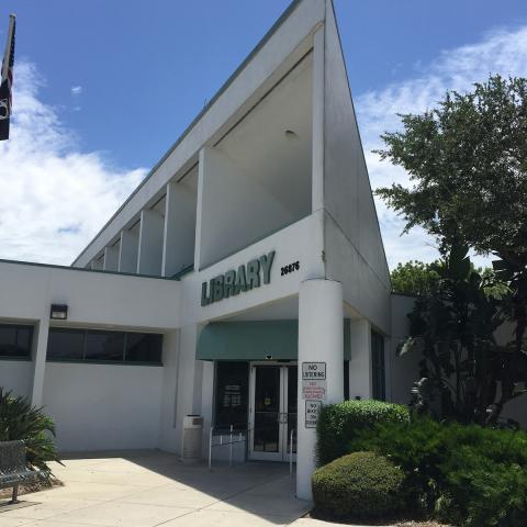 Exterior shot of the Bonita Springs Branch Library